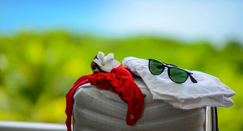 Comment préparer sa valise et voyager léger en Martinique