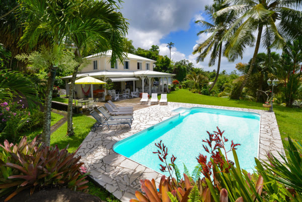 Villa Martinique le Lamentin Roche Volcanique
